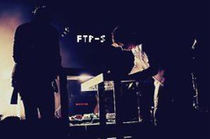 "Live ! Le Jeudi 3 Juillet 2012 au ""Red Rocks Amphitheatre""."