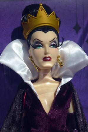 Disney Store - Evil Queen designer collection