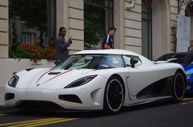 Zonda R Vs Bugatti Veyron – Idées d'image de voiture