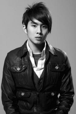 Photographies de l'acteur Justin Chon