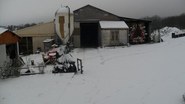 La ferme sous la neige le 2 decembre 2012