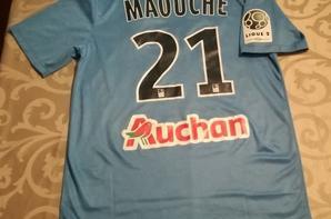 234 ième maillot porté par Mohamed MAOUCHE