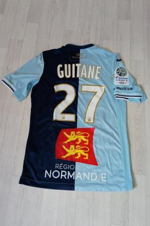 284ième maillot porté par Rafik GUITANE à CHÂTEAUROUX