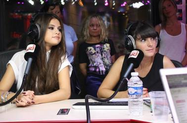 Selena à NRJ Studios
