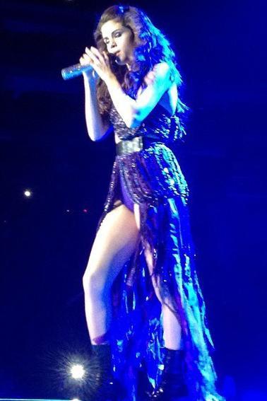 Selena perfomant à Newark, NJ.
