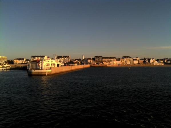 un matin sur le port de QUIBERON