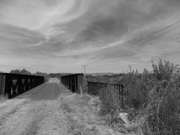 Sur un pont :3
