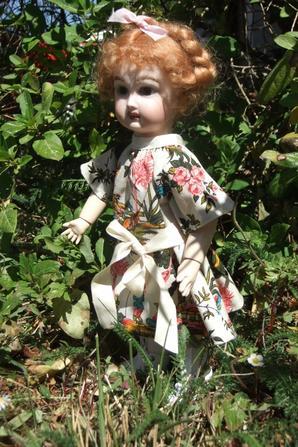 Bleuette et la robe japonaise modèle de juillet 1909!