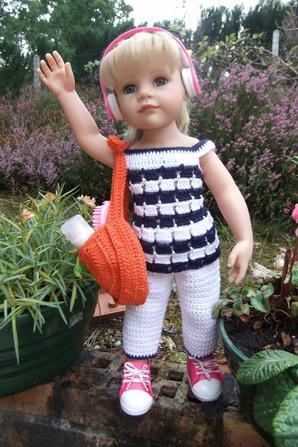 Marre de la pluie! Hannah a décidé de faire une croisière au soleil!
