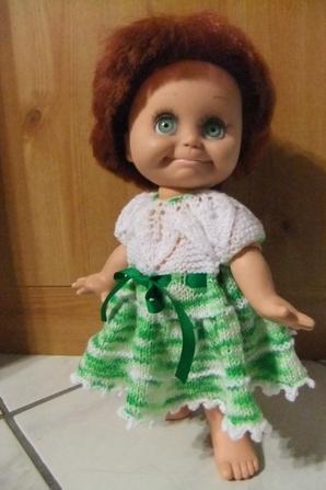 Ma petite rouquine est ravie de sa nouvelle robe!