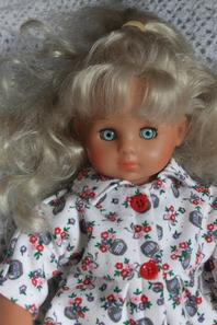 Octobre 1990: un adorable et confortable pyjama pour Marie-Cécile!