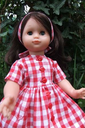Mai 1997: une robe en vichy pour Emilie!