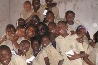IBN KENYATTA EN VISITE AU school SAINT BERNARD