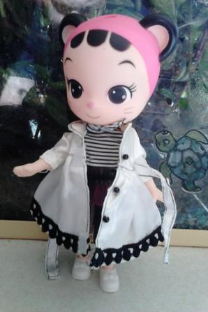 poupee cellicat doll white coat