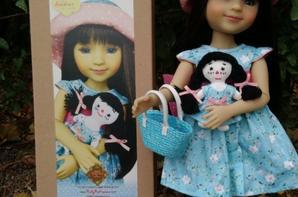 """poupée Ruby red  """" capucine""""et sa poupée et son sac"""