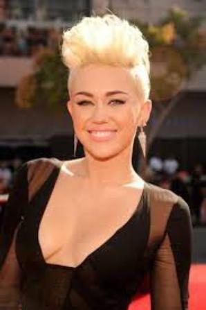 Miley Cyrus datant de juin 2014