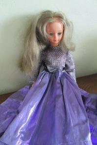 """Cathie"" de Bella"