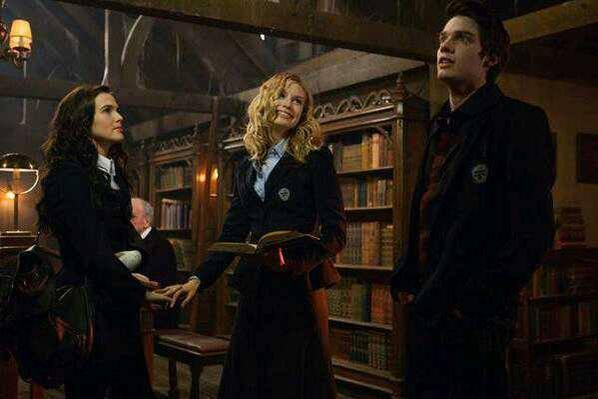 #EDIT #VAMovie / #VampireAcademy , ajout de 4 photos