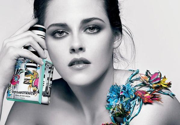 #NEWS #KristenStewart. Magnifique pour Balenciaga-Rosabotanica
