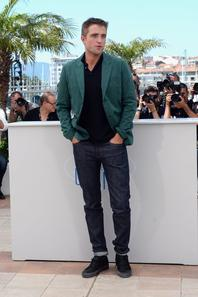 #Cannes2014 Robert Pattinson #TheRover photocall (photos HQ)