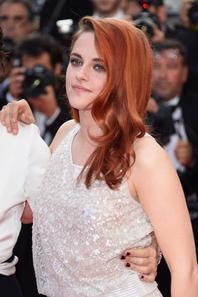 #Cannes2014 #SilsMaria #KristenStewart montée des marches !