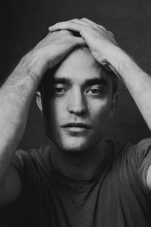 Nouvelles / Anciennes photos de Robert Pattinson pour The Hollywood Reporter 2014