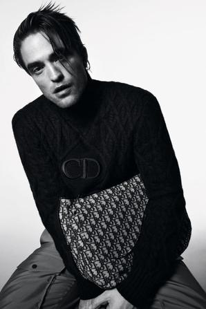 Robert Pattinson pour DIOR Homme collection printemps/été 2021.