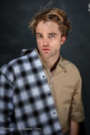 Robert Pattinson pour la table ronde des Oscars par Los Angeles Times
