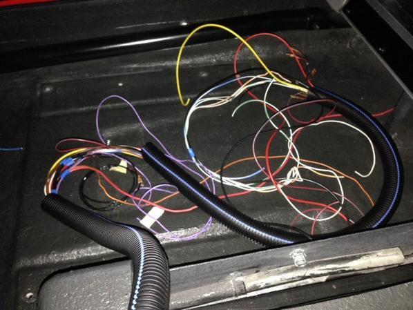 Mise en place et branchement du faisceau électrique