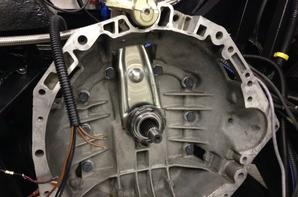 Montage du moteur et des pompes à essence