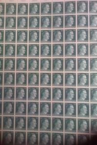 3 Planches de 100 timbres. WW2 allemand original.