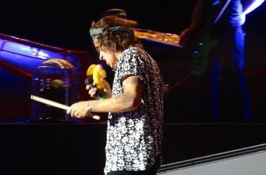 Harry sur scène à Washington DC le 11/08/14 (2)