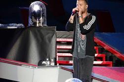 Liam sur scène à Philadelphie le 14/08/14 (1)