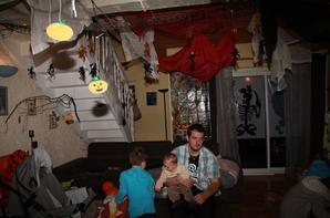 ma d co halloween int rieur la vie a 4 que du bonheur. Black Bedroom Furniture Sets. Home Design Ideas