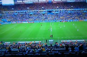 le   gradin But l'équateur chapeau les équipe de l'équateur a tous fais pour marque la France  a fait des occasion de marque mai le gradin l'équateur a fait le marché a tous contré le tir au but de la France mai on et qualifié premier de notre groupe a voir le prochain matche pour la FRANCE la coupe du monde né pas fini