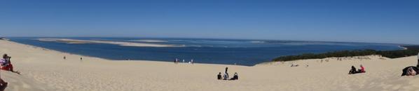 La dune du Pyla (Hauteur 160 metres,Largeur 500 metres et Longueur 2,700kms