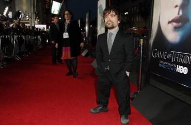 Peter Dinklage au Grauman's Chinese Theater de Los Angeles le 18 mars 2013 pour l'avant première de la saison 3
