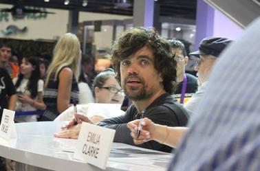 Résumé du Comic Con de San Diego ( Sans Nikolaj hélas mais avec Peter que je trouves superbe )