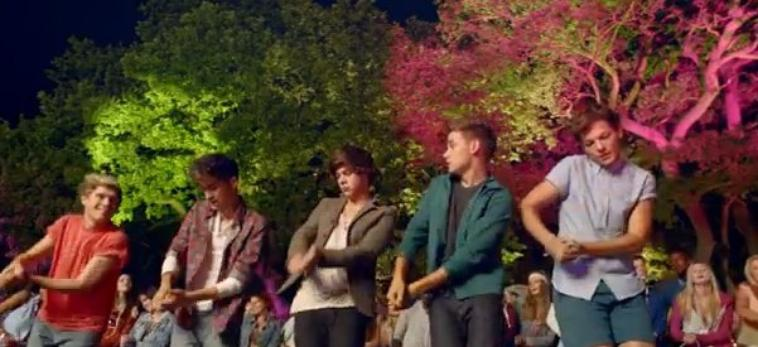 live while we're young 3