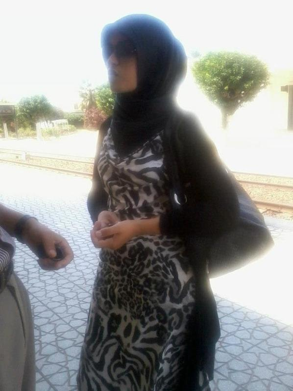 C Moi  SanaA a La Gare de casa voyageur  et ma cousine Fatima Zahra