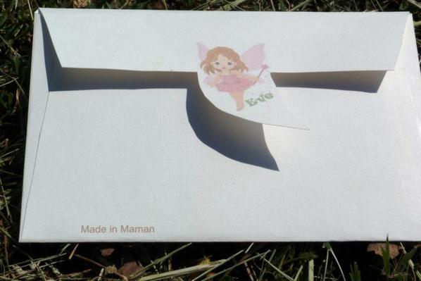 Enveloppe personnalisé pour les invitations à l'anniversaire de ma fille (2 ans)