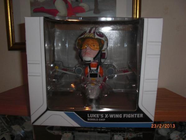 Star Wars Luke's x-wing fighter  BOBBLE-SHIP