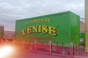 """""""Reportage numéro 2 été 2018:""""le cirque de Venise de passage a St Hilaire de Riez""""."""