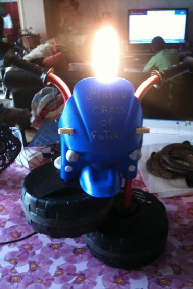 "Lampe de chevet ""motor cross off futur """