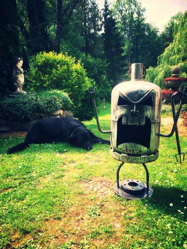 TIKI Brasero avec bouteille de gaz par Falko