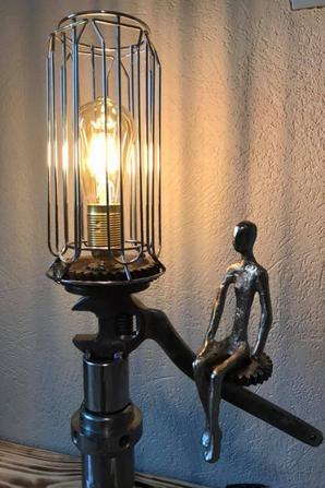 belle lampe méca par Falko
