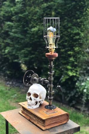 Lampe steampunk par Falko