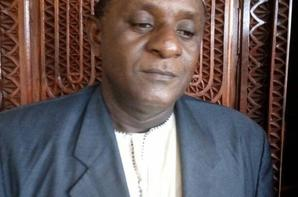 La dictature se durcit aux Comores: Trois personnes sont convoquées à la gendarmerie