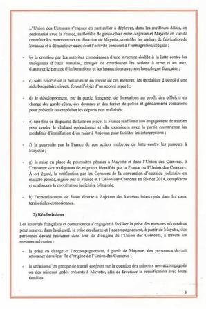 Le dictateur vient de signer la recolonisation des comores à l'Élysée