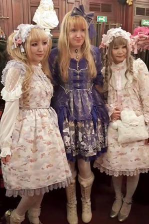 TEA PARTY CHRISTMAS ANGELIC PRETTY 2018